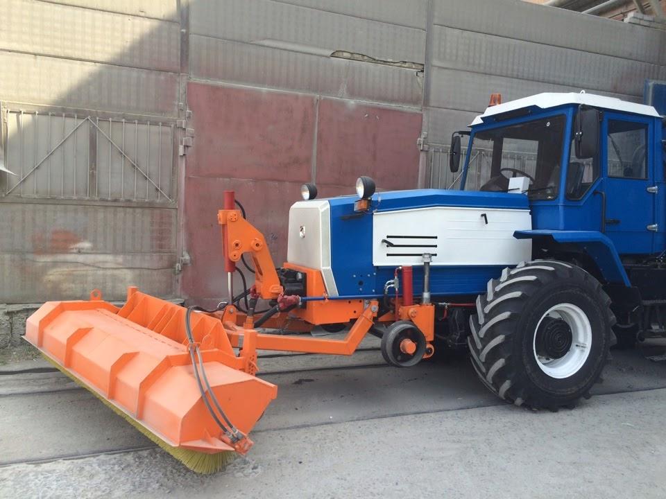 Щетка для трактора с рельсовым ходом (мотовоз)