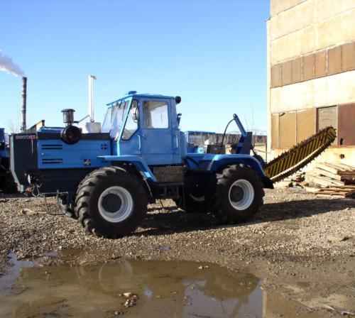 Трактор ОрТЗ-150К с баровой установкой