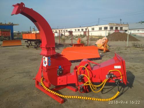 Серия 52; ИВН-1Г/Ø200 Измельчитель с гидроподачей навесной, привод ВОМ трактора.