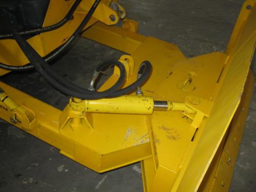 НБО-05-2 отвал гидроповоротный для тракторов ХТЗ, ХТА, ОрТЗ, УЛТЗ, БТЗ