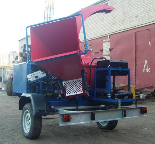 Серия 52; ПРМ200Г Прицепная Рубительная Машина с гидроподачей с приводом от ДВС ВАЗ бензин.