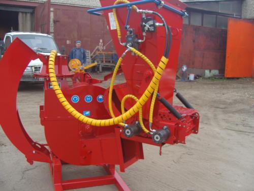 Серия 52; ИВН-1Г/Ø260(52) Измельчитель с гидроподачей навесной, привод ВОМ трактора.