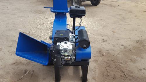 Серия 52; ИВН-2/Ø160 Измельчитель с приводом от ДВС бензин 24/27л.с. стационарный