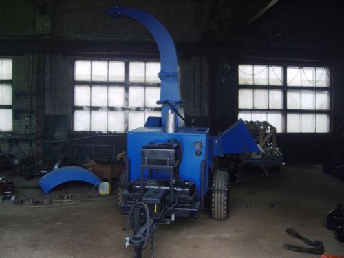 Серия 90; ПРМ250Г Прицепная Рубительная Машина с гидроподачей с приводом от ДВС дизель 36-60 л.с.